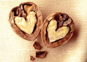 walnuts_heart